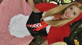 帰って来たブロンド界のアイドルレクシーベル!赤ずきんのスカートの中の秘密 WET ART  レクシーベル 3
