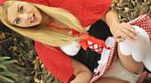 帰って来たブロンド界のアイドルレクシーベル!赤ずきんのスカートの中の秘密 WET ART  レクシーベル 5