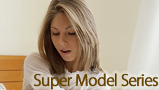 アシュレイ あの人気モデルアシュレイちゃんが遂にアナルファック Super Model Series