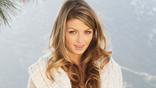 Welcome Beautiful Stacy Silverstone