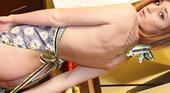 裸エプロンの18歳 ヌードモデル美少女先生 -金8天国セクシー英会話   バレンタイン特別編- カサナ・レイ 11