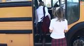 金髪学生娘 - スクールバスの中で平気で先生とエッチしちゃうティーン達!-SCHOOL BUS GIRLS-