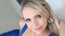 Welcome beautiful Mia Malkova