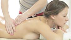 パズ 最高級のマッサージテクニックでおもてなし致します Oil Massage Salon Todays Guest Ms.PAZ