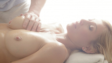 �ǹ��Υޥå������ƥ��˥å��Ǥ���Ƥʤ��פ��ޤ���Oil Massage Salon Today`s Guest Ms.RUNA