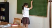 可愛い生徒に思わず手を出してしまった見習い講師 JAPANESE STUDY BELLA ベラ 2