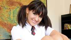 ベラ 可愛い生徒に思わず手を出してしまった見習い講師 JAPANESE STUDY BELLA