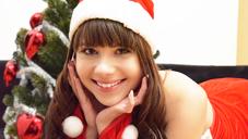 大量に潮を吹きまくる潮吹きエロ可愛サンタ MERRY CHRISTMAS VOL2 LUNA RIVAL_金髪天国_入会_無修正_外人_8