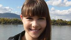 ルナ 18歳のプリップリな純生肌をタップリ弄ぶ JAPANESE STYLE MASSAGE RUNA RIVAL VOL1