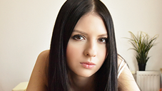 JAPANESE STYLE MASSAGE 18歳の真っ白な美BODYをタップリ弄ぶ REBECCA VOLPETTI