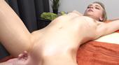 JAPANESE STYLE MASSAGE 21歳スレンダー金髪娘のBODYをジックリ弄ぶ VOL1 Lily Ray リリー レイ 11